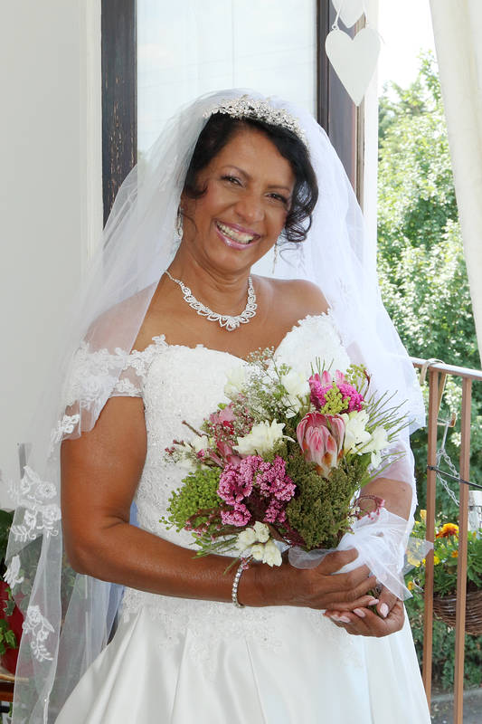 Surrey Wedding Photographers - 011