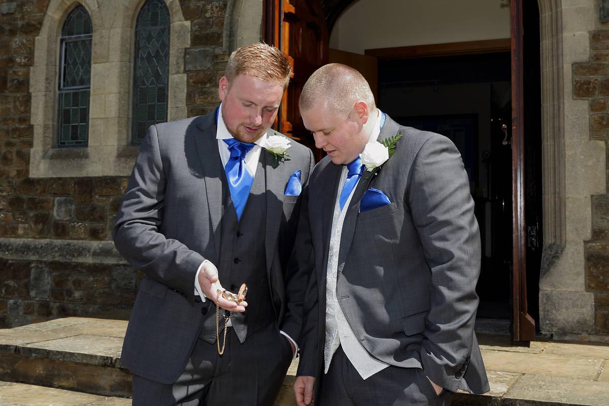 Surrey Wedding Photographers - 027