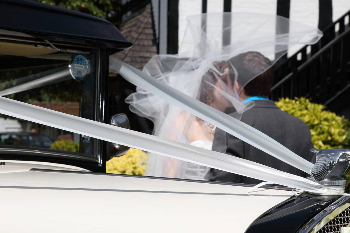 Surrey and London Wedding Photographers - 022
